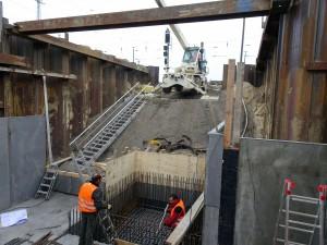Zugang Gleis 2, 3 Vorbereitung Fahrstuhlschacht