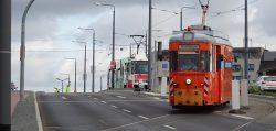 16. August 2019 - Die erste Straßenbahn fährt in den neuen Busbahnhof ein.