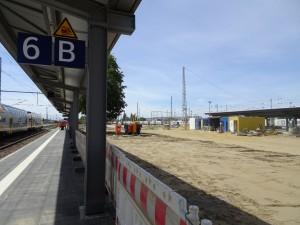 2019-07-04 AKR Mittelinsel zw. Gleis 6 und 8 (9)