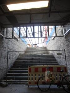 Aufgang zu Bahnsteig 1