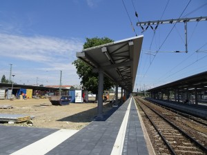 Baustelle zw den Schienen (2)