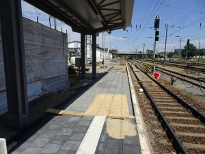Baustelle zw den Schienen (6)